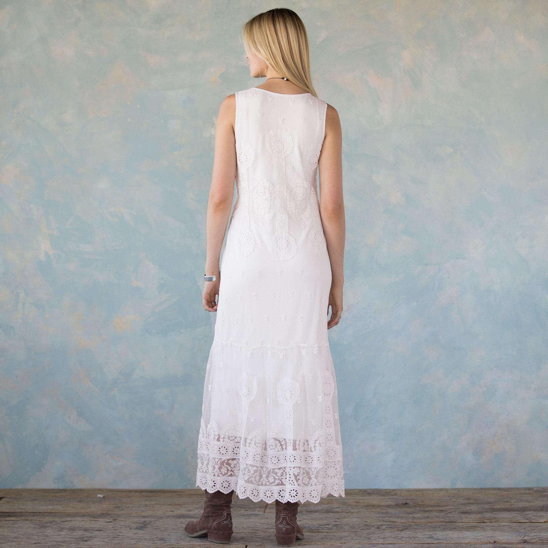 GRACIOUS DAYS EMBROIDERED DRESS: View 4