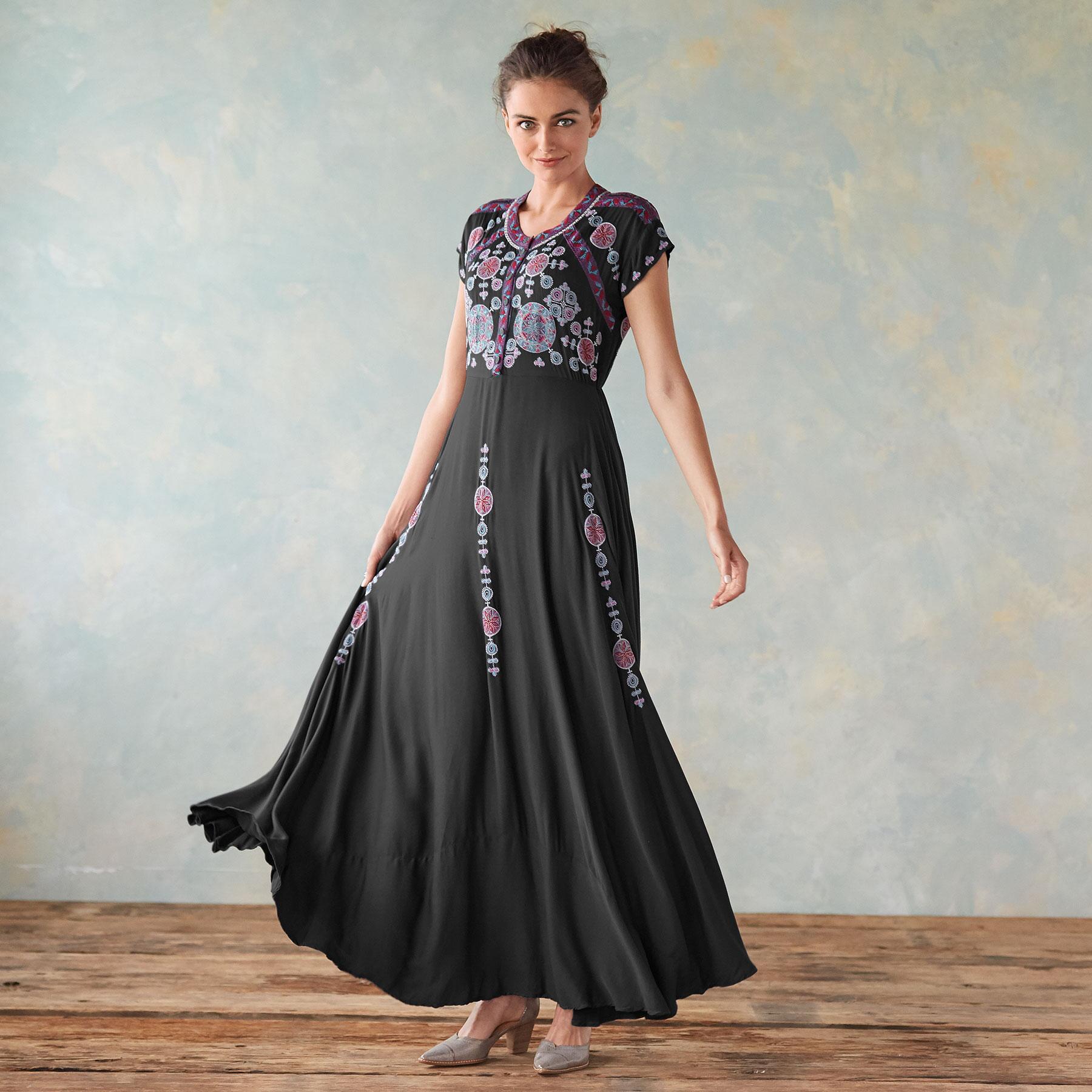 FLORA VISTA DRESS: View 1