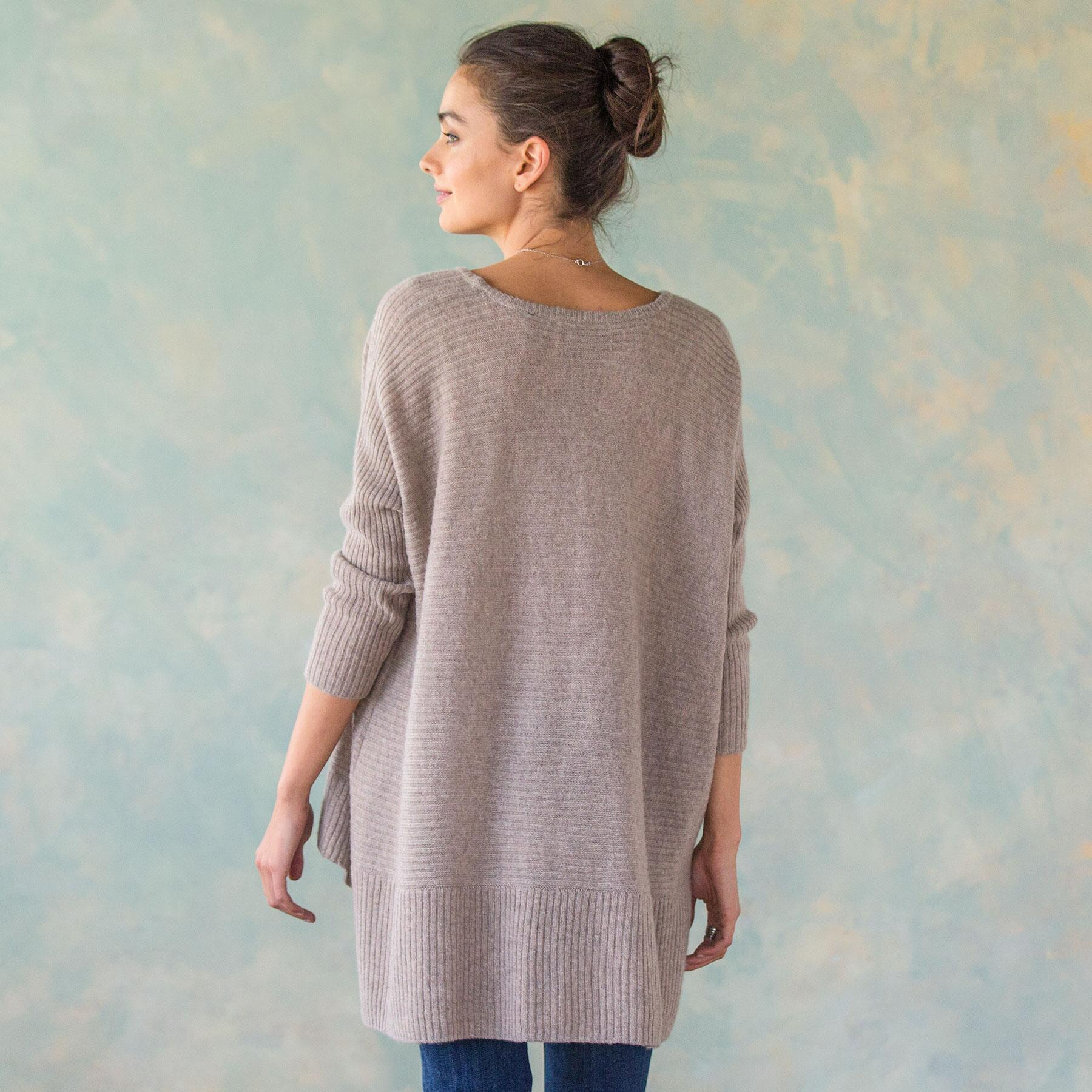 PEACEFUL MEADOW PULLOVER: View 2