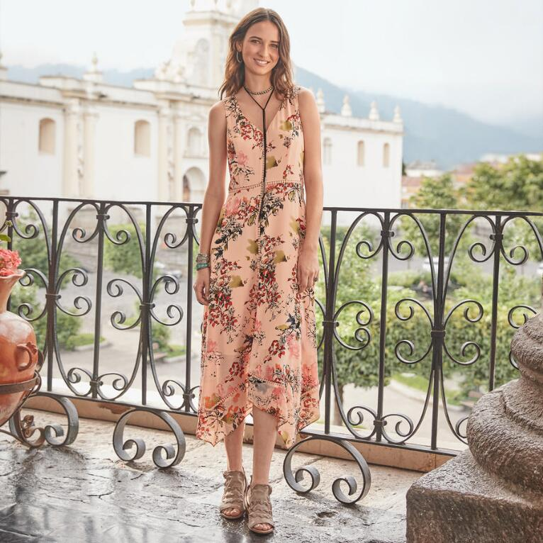 AWASH IN FLORALS DRESS PETITE