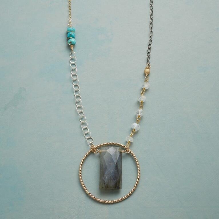 LABRADORITE LASSO NECKLACE