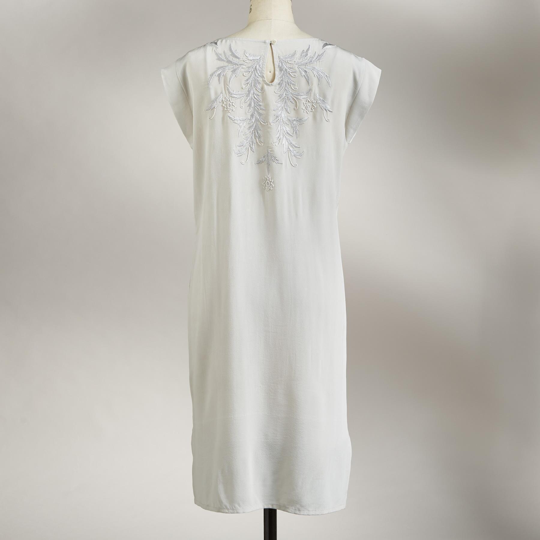 BLANCHETTE SHIFT DRESS: View 2