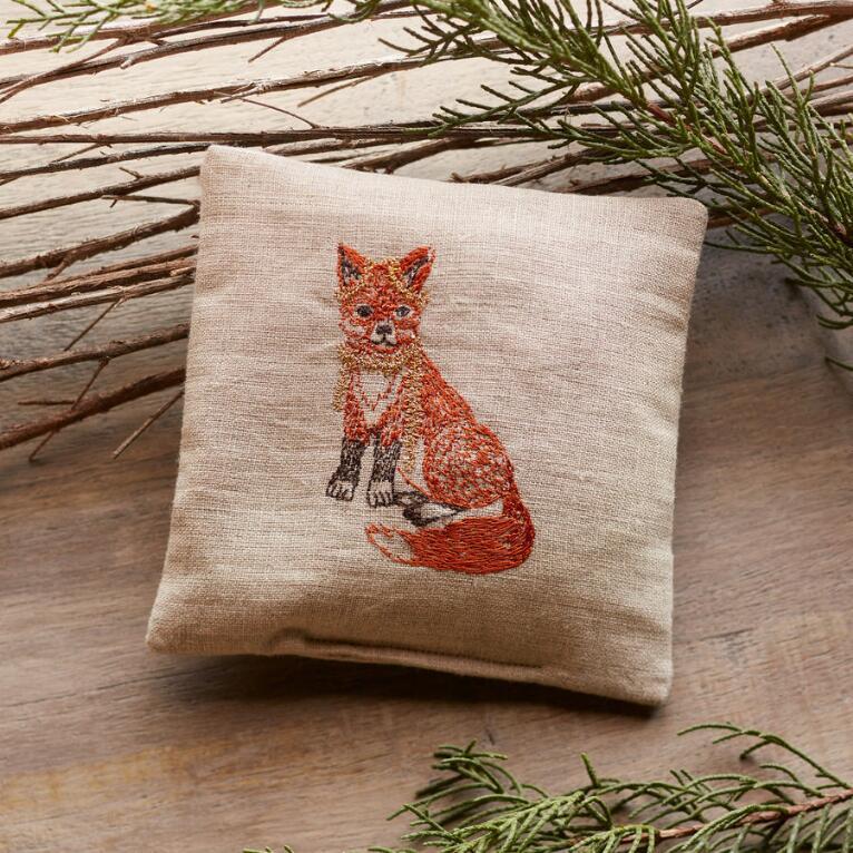 FOX PINE SACHET