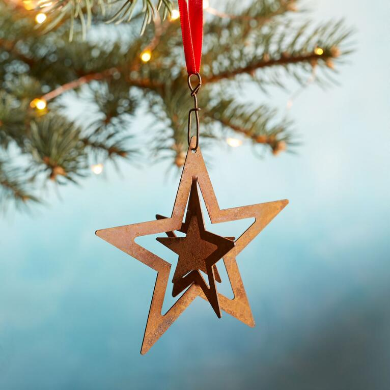 LAYERS OF STARS ORNAMENT