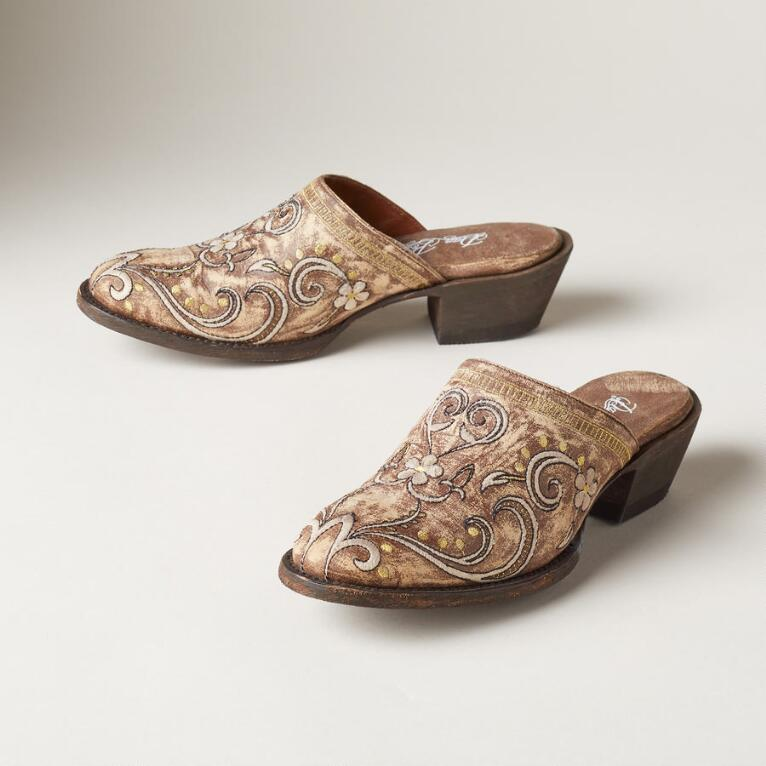 MEADOW MUSE CLOGS