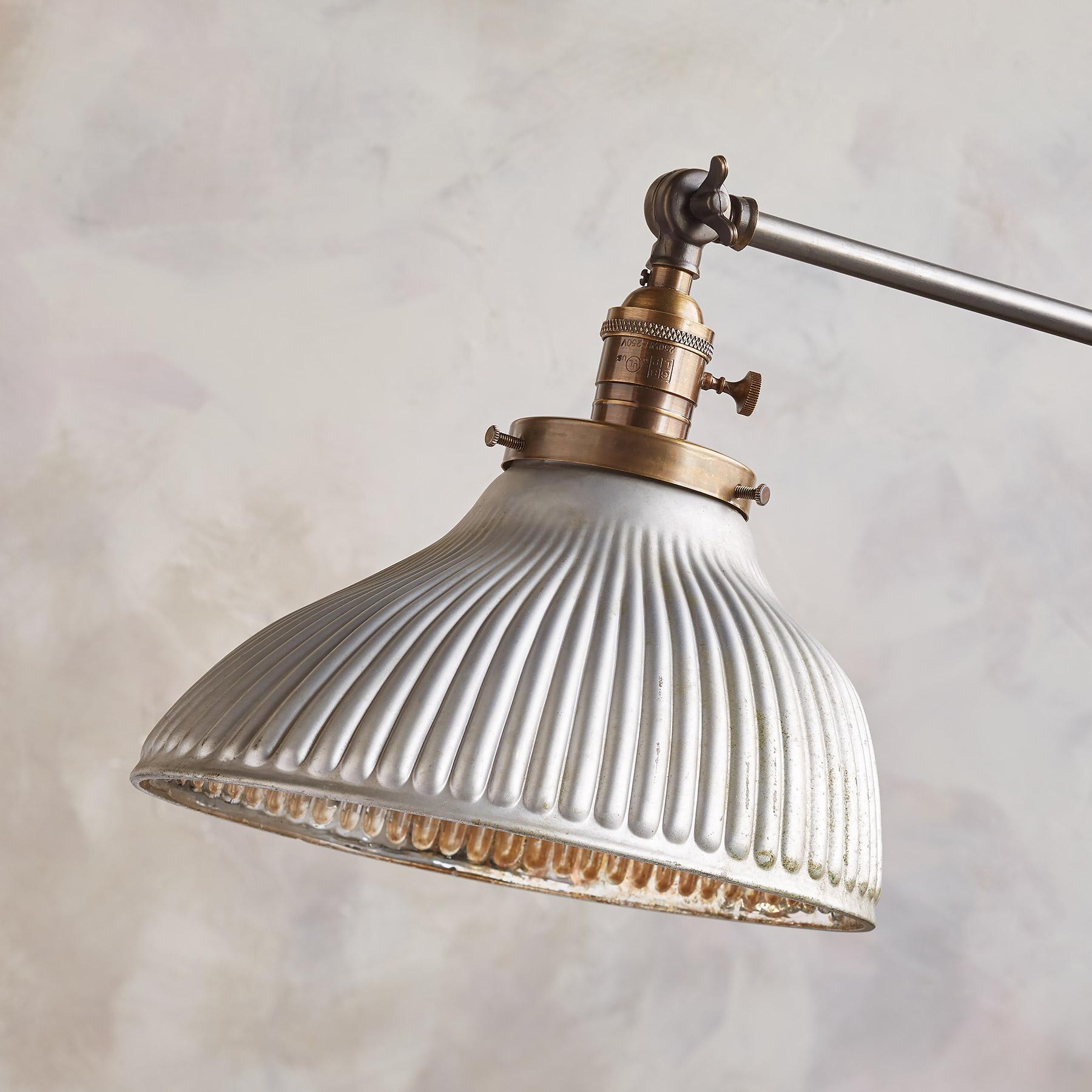 PINNACLE FLOOR LAMP BY ROBERT OGDEN: View 2