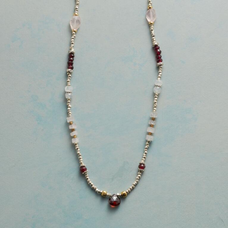 SHADES OF LOVE NECKLACE
