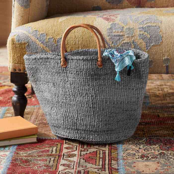 AFRICAN TOTE
