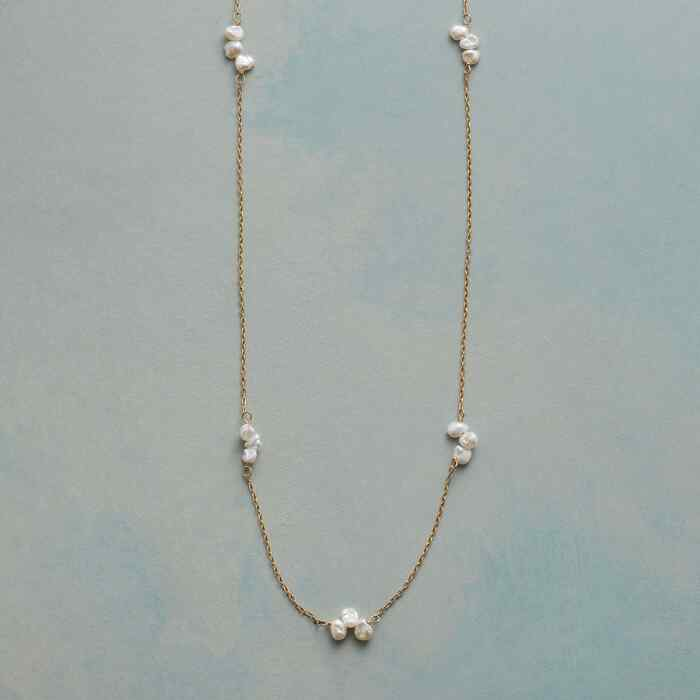 PEARL FOLIOLI NECKLACE