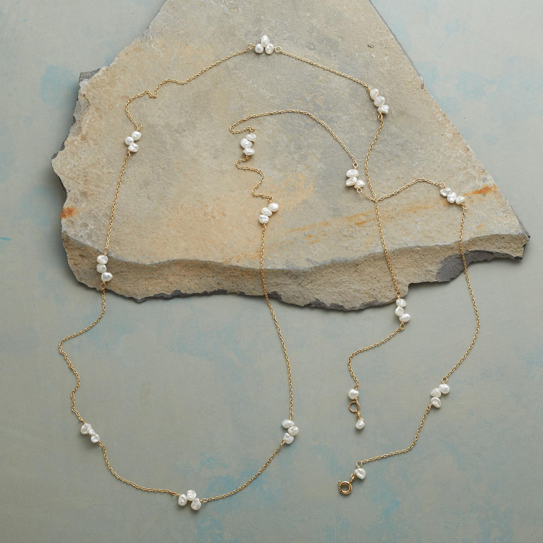PEARL FOLIOLI NECKLACE: View 2