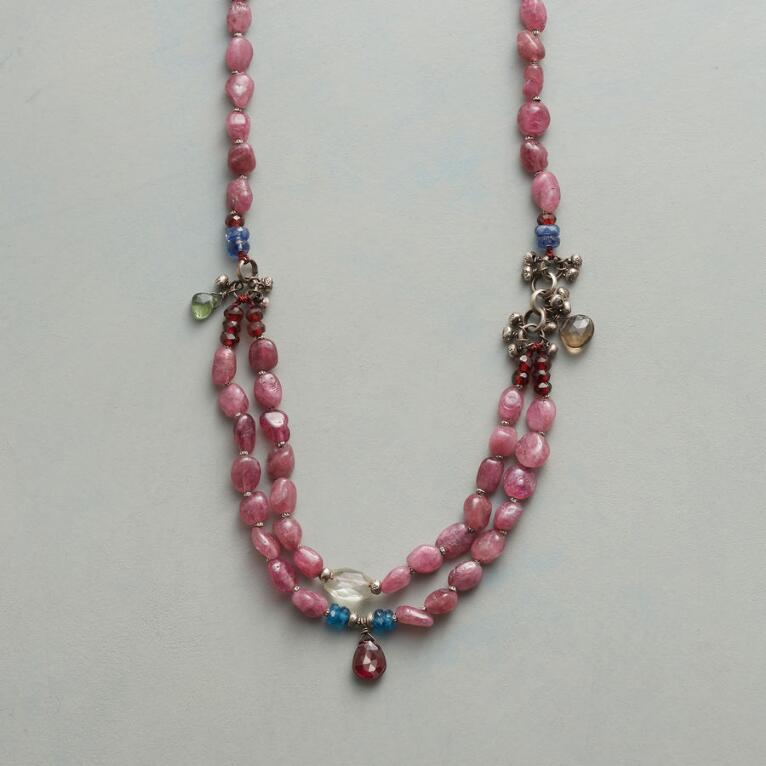 VERY BERRY NECKLACE