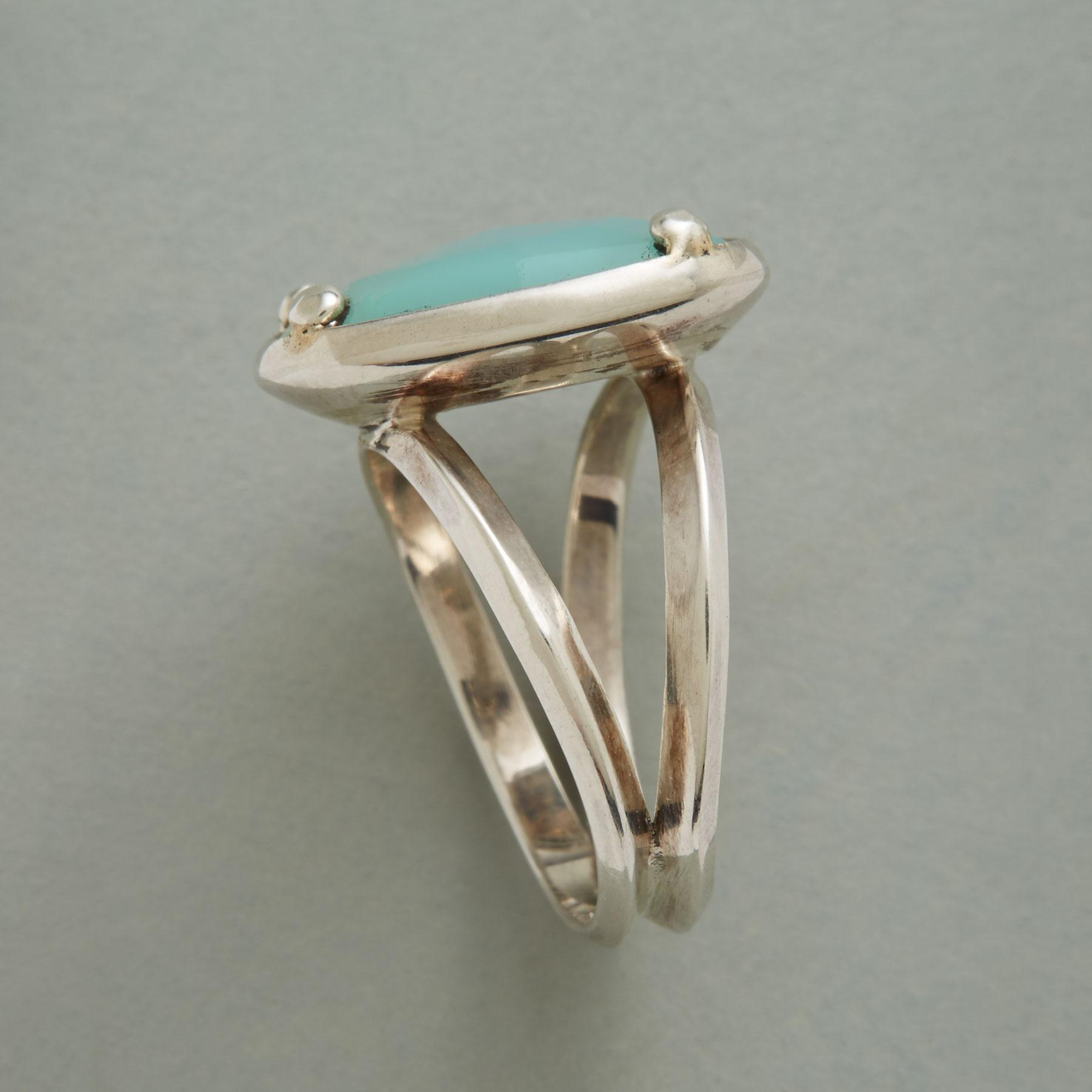 CHALCEDONY STEPSTONE RING: View 2