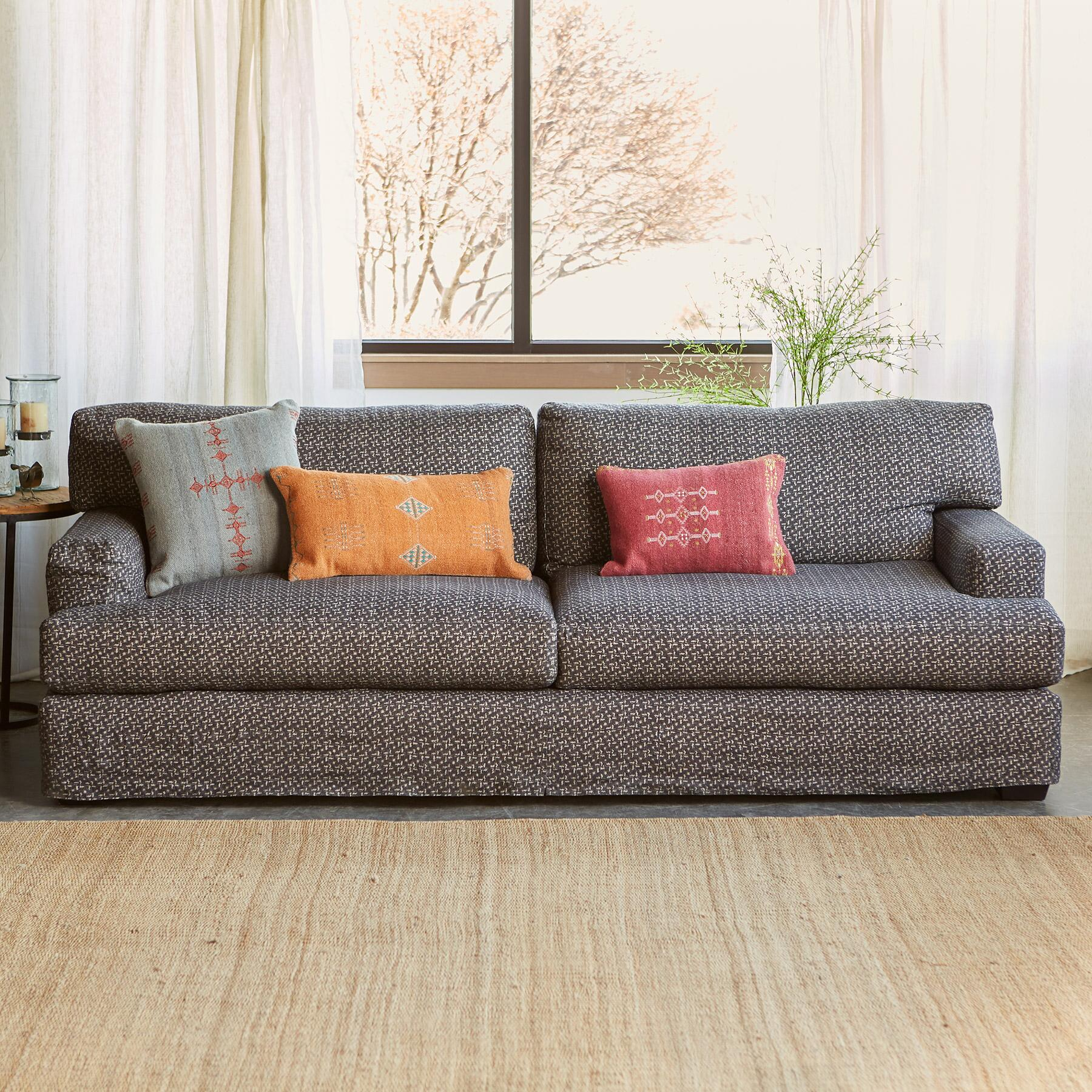 CORMAC SOFA: View 2