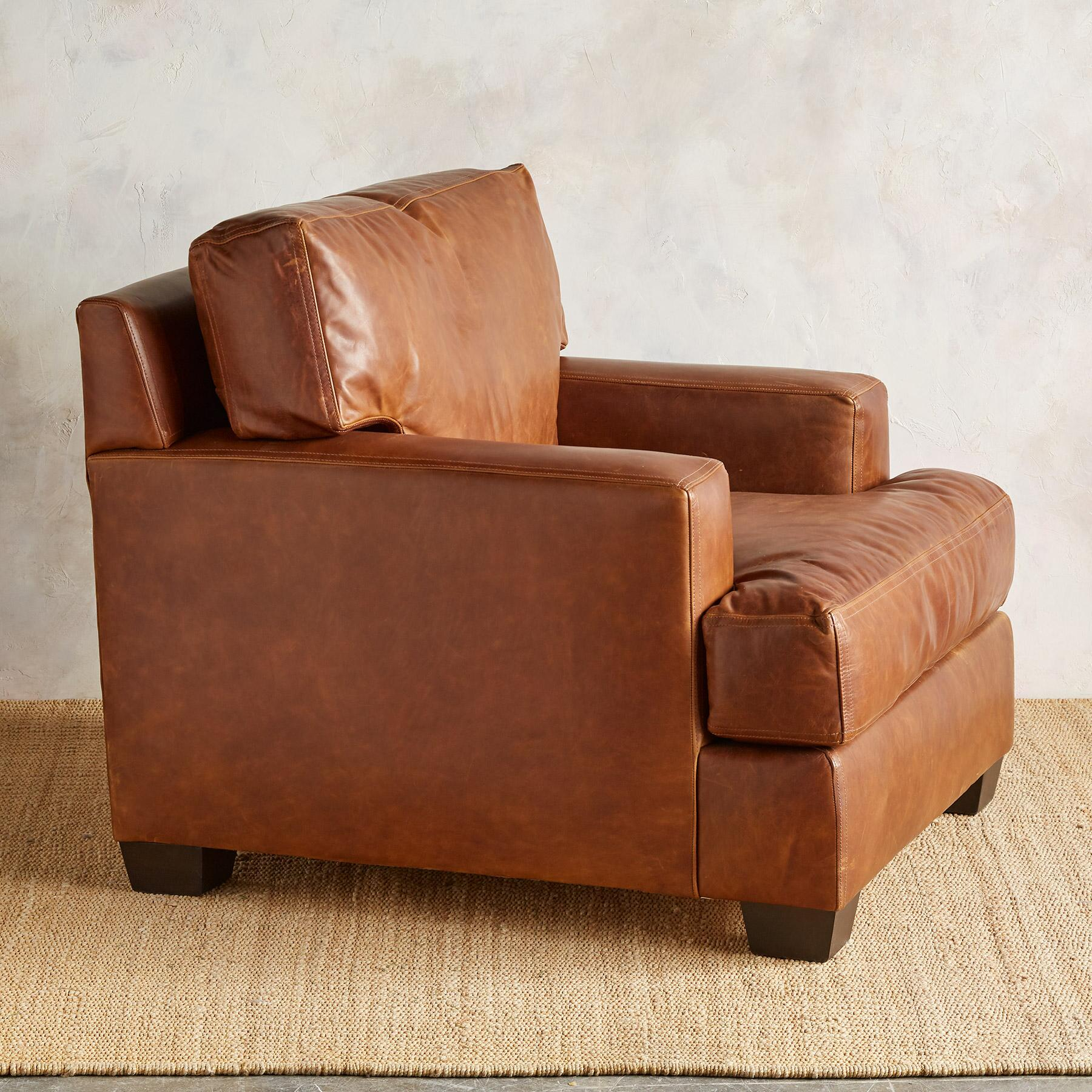CORMAC LEATHER CLUB CHAIR: View 3