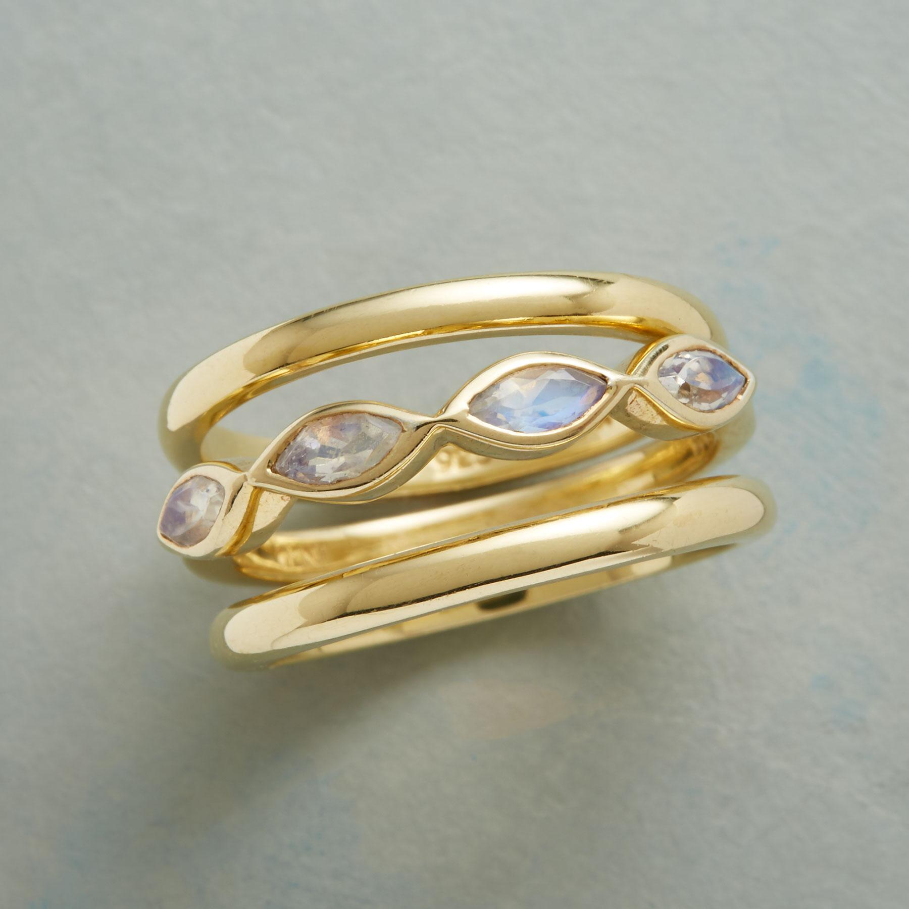 MOONSTONE IN THE MIDDLE RING TRIO: View 1