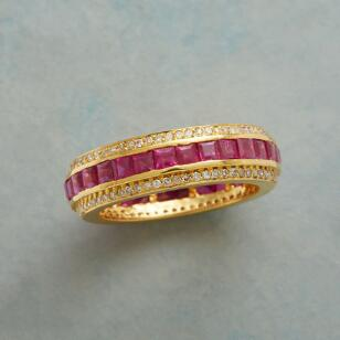 ENDLESS RUBIES RING