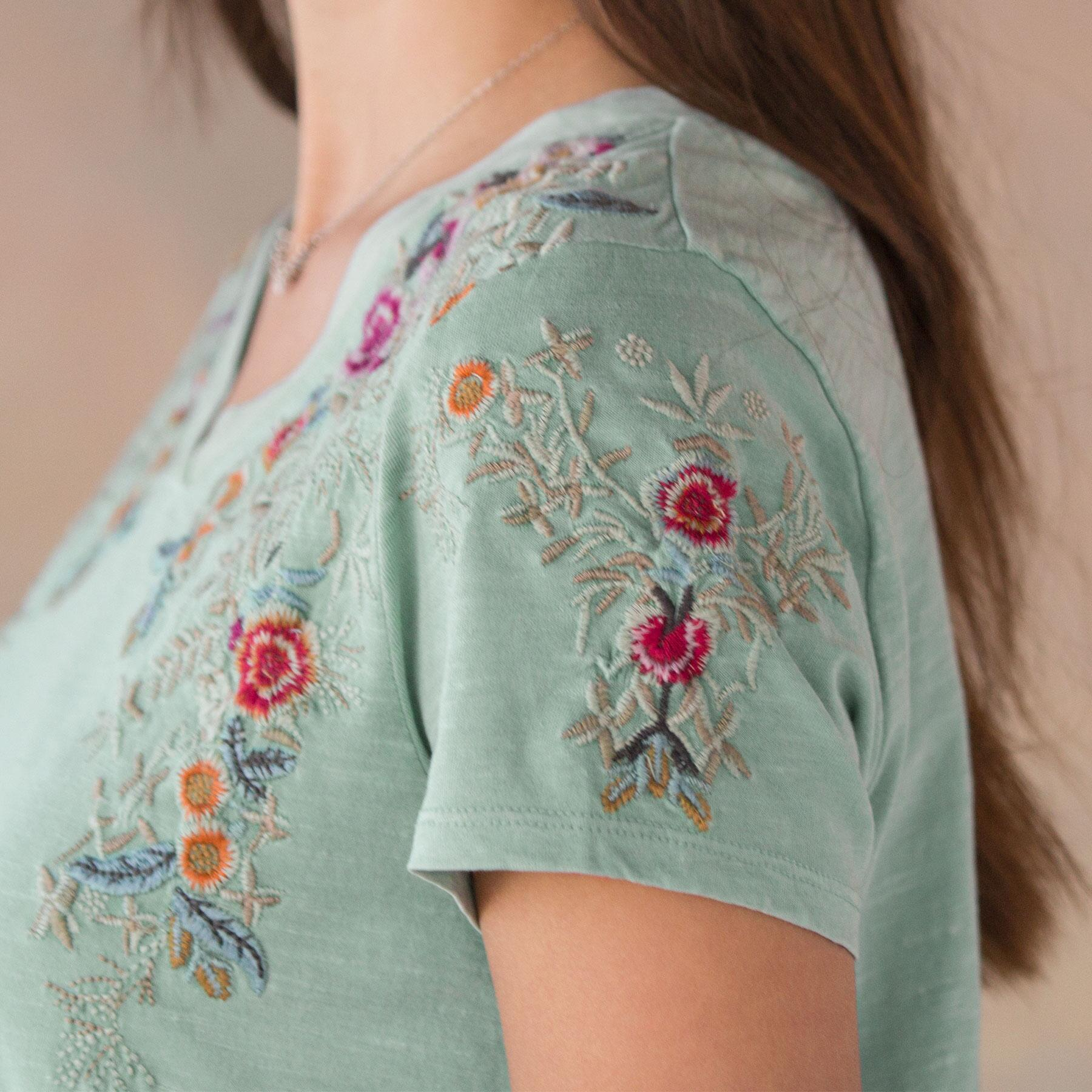 CASCADING FLORALS TOP: View 4