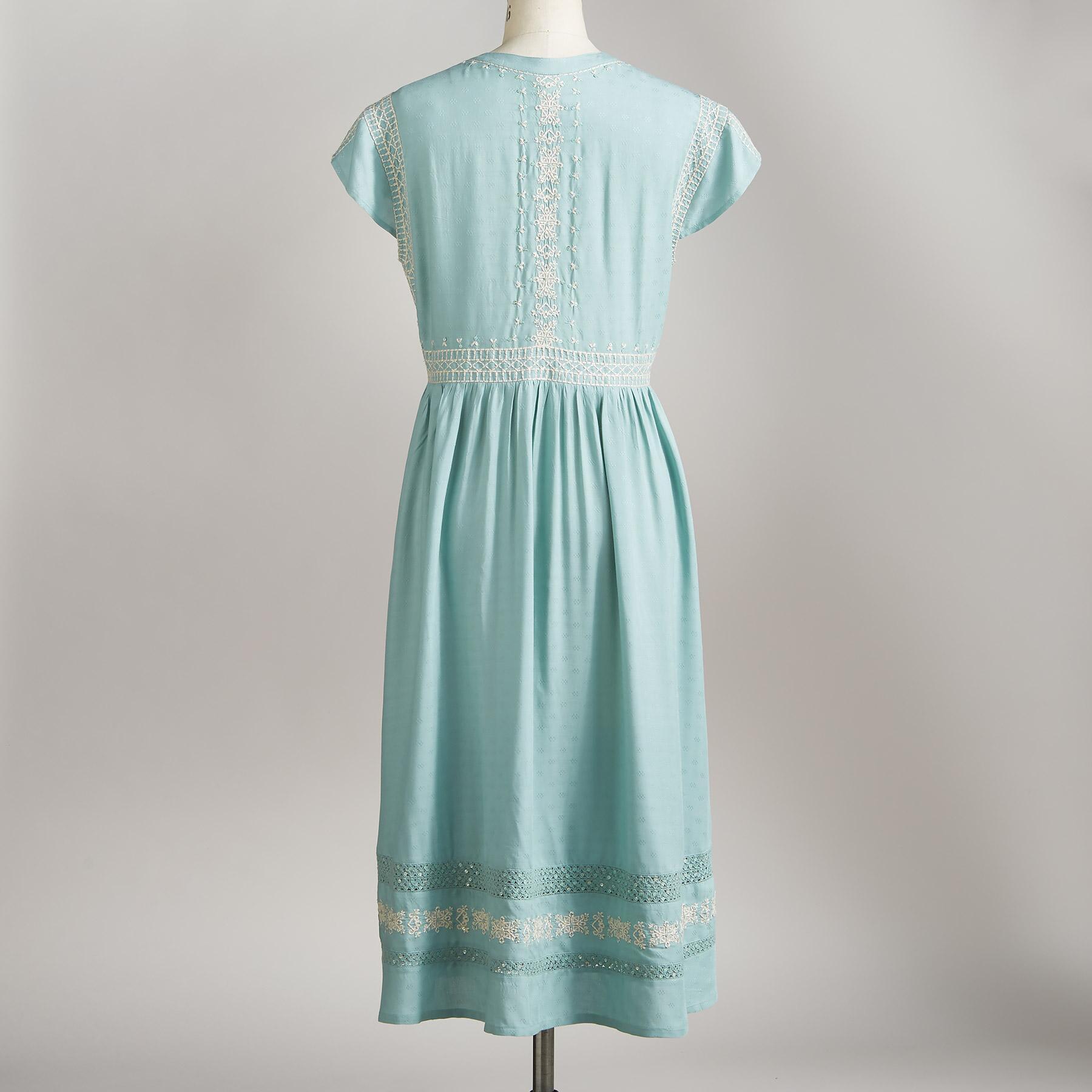 PERENNIAL BEAUTY DRESS: View 2