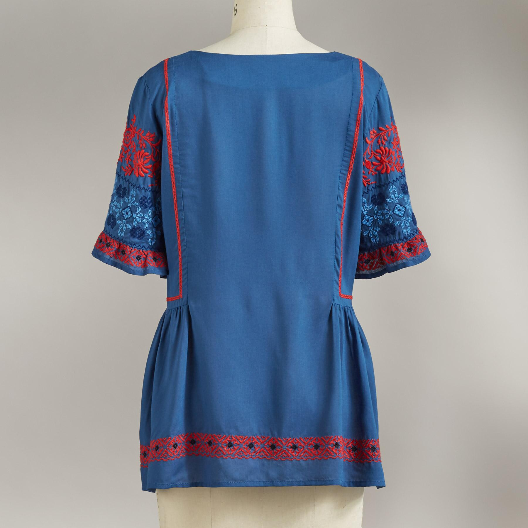 FABLE EMBROIDERED TOP: View 2
