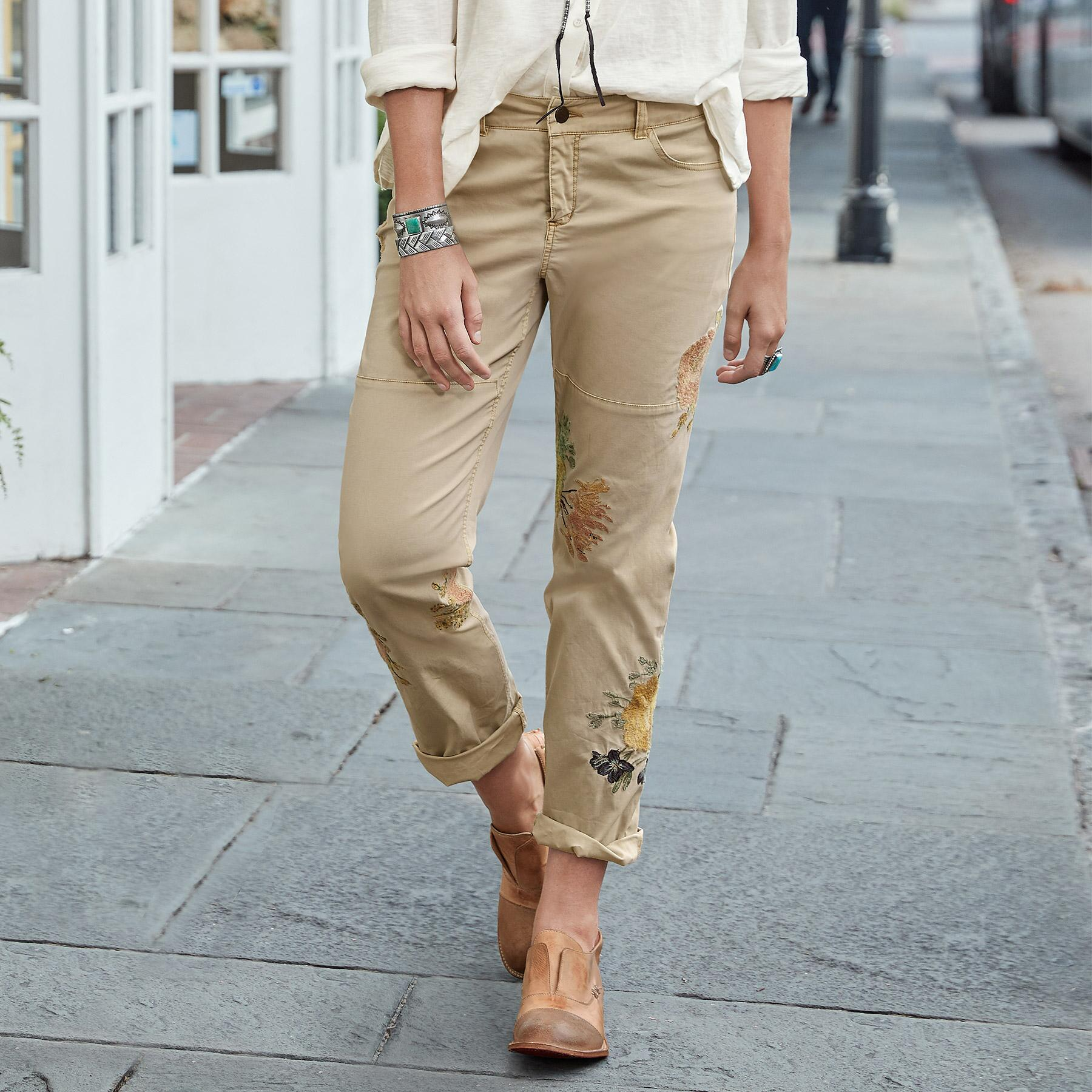NATURAL APPEAL CARGO PANTS: View 1