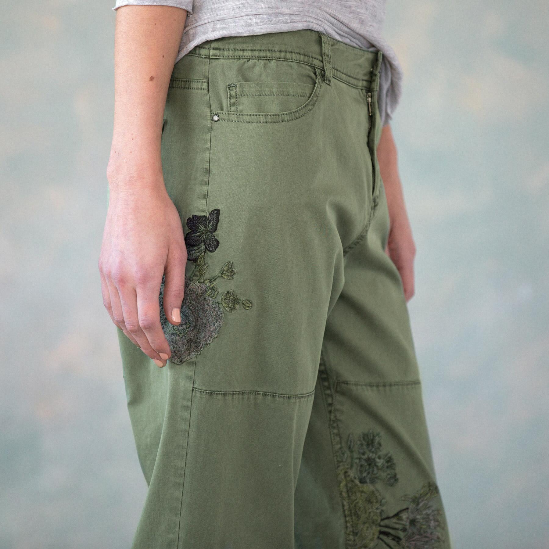 NATURAL APPEAL CARGO PANTS PETITE: View 5