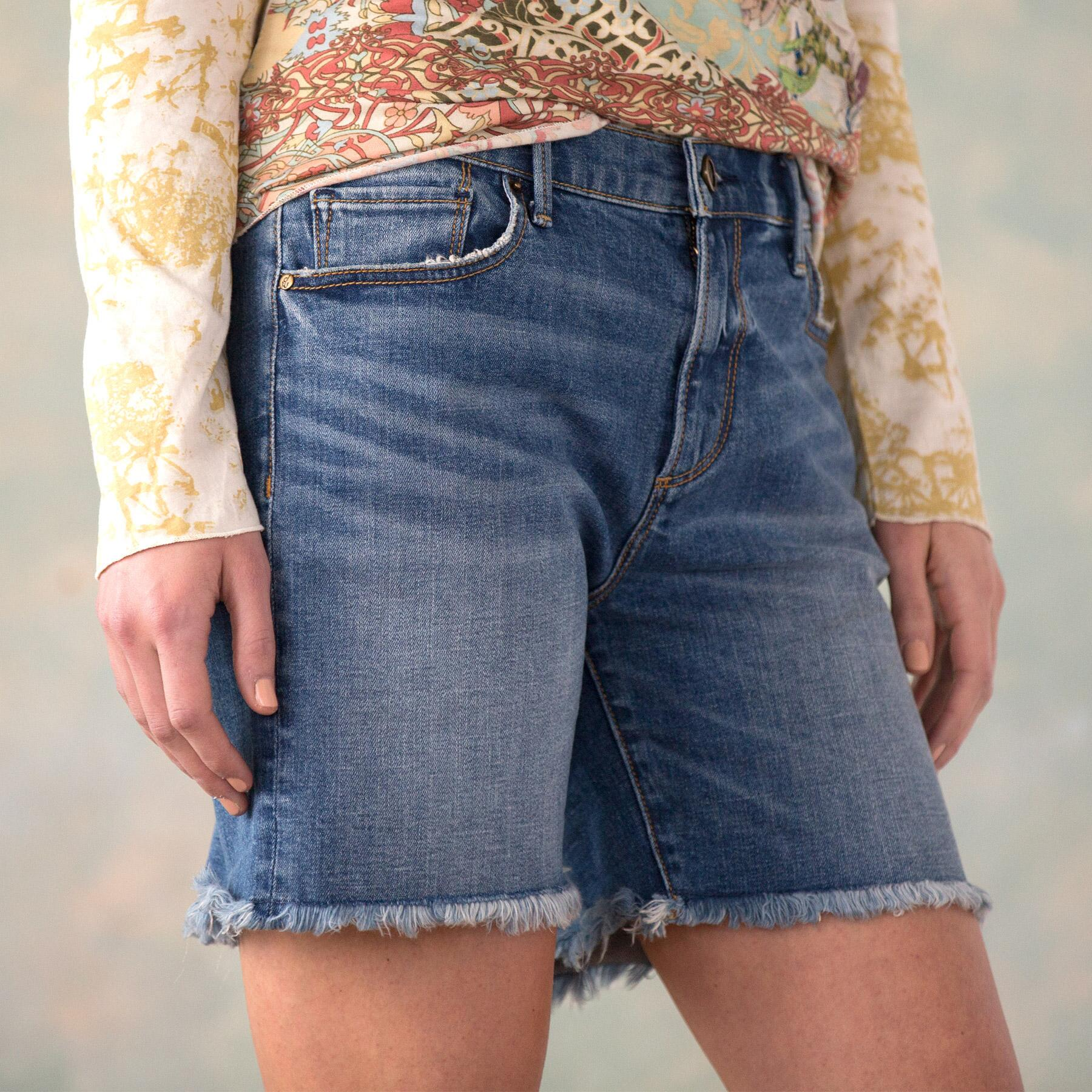 DRIFTWOOD BOYFRIEND SHORTS: View 4