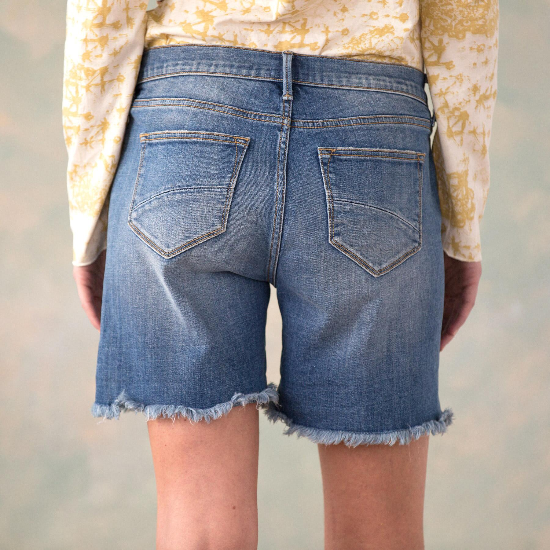DRIFTWOOD BOYFRIEND SHORTS: View 5