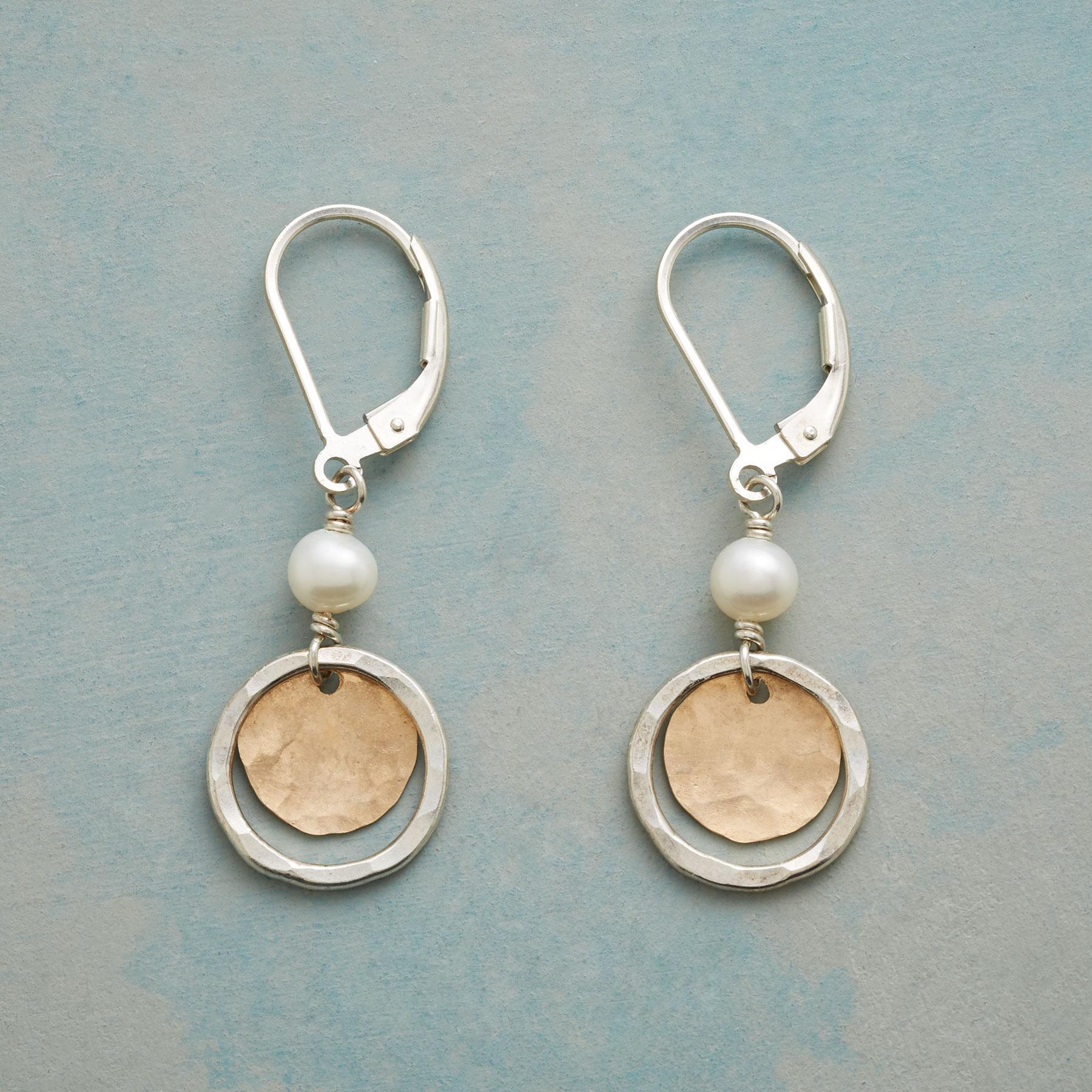SILVER HALO EARRINGS: View 1