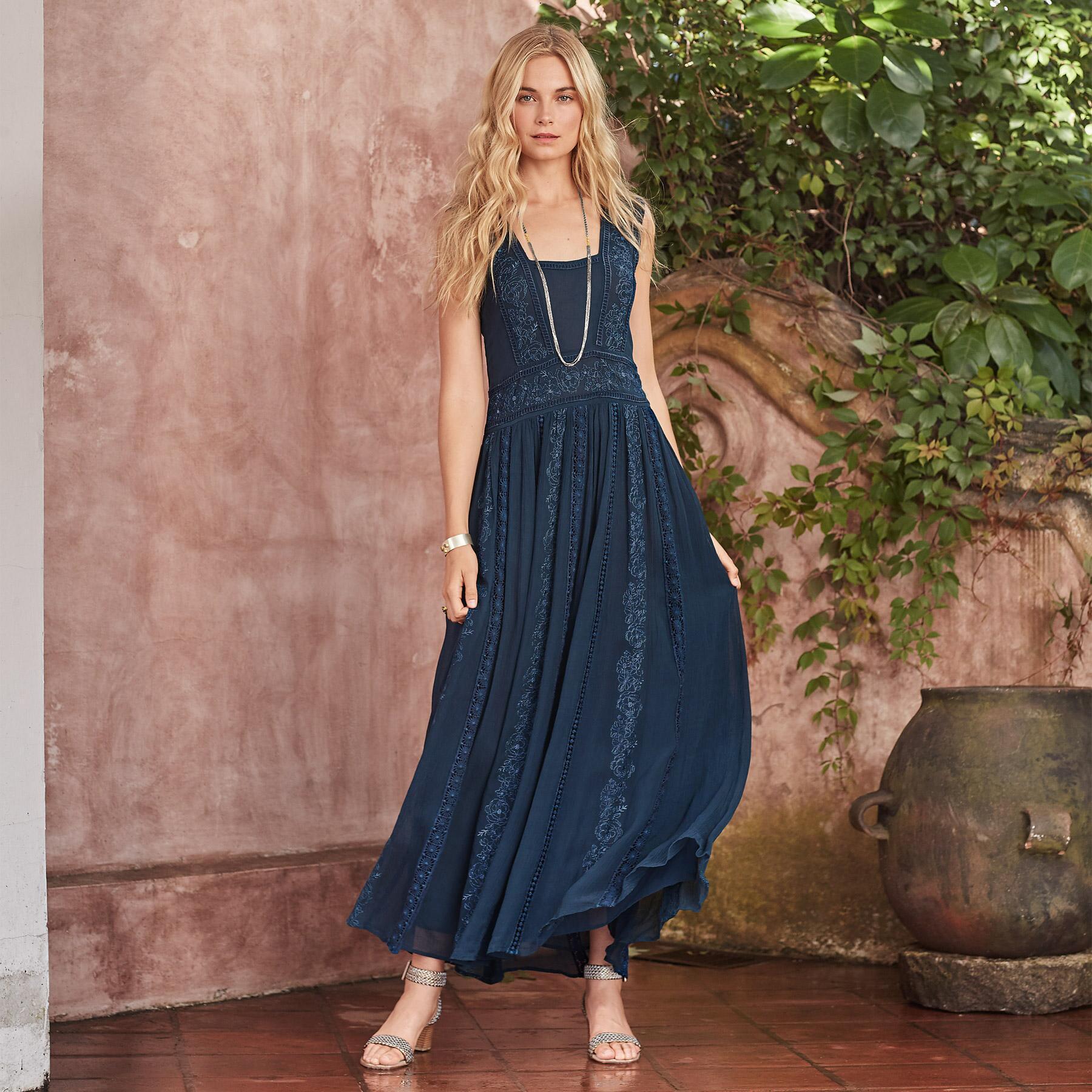 ARESSANA MAXI DRESS PETITE: View 1