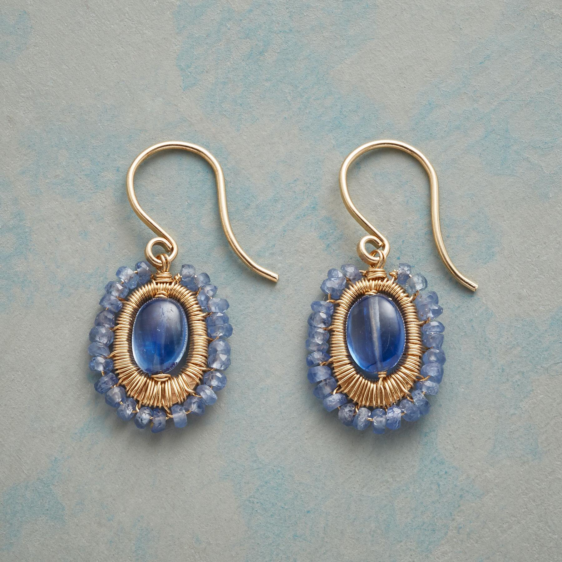 BLUE MINGLING EARRINGS: View 1