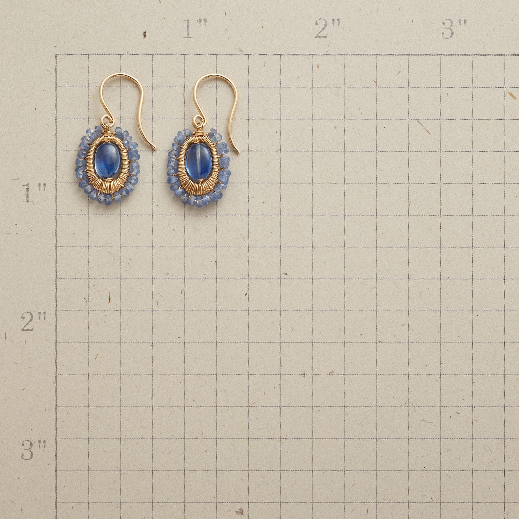 BLUE MINGLING EARRINGS: View 2