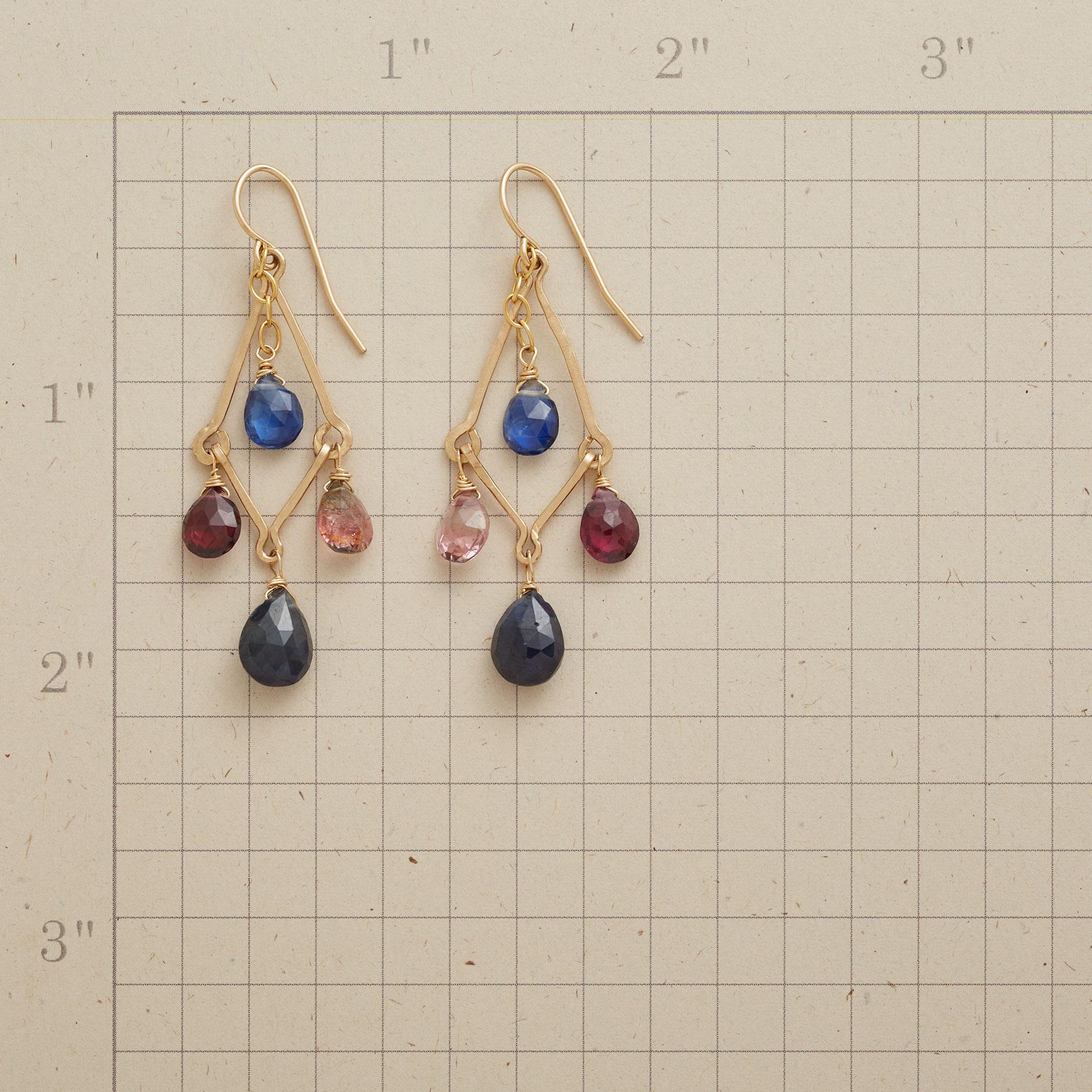 HAND IN HAND EARRINGS: View 2