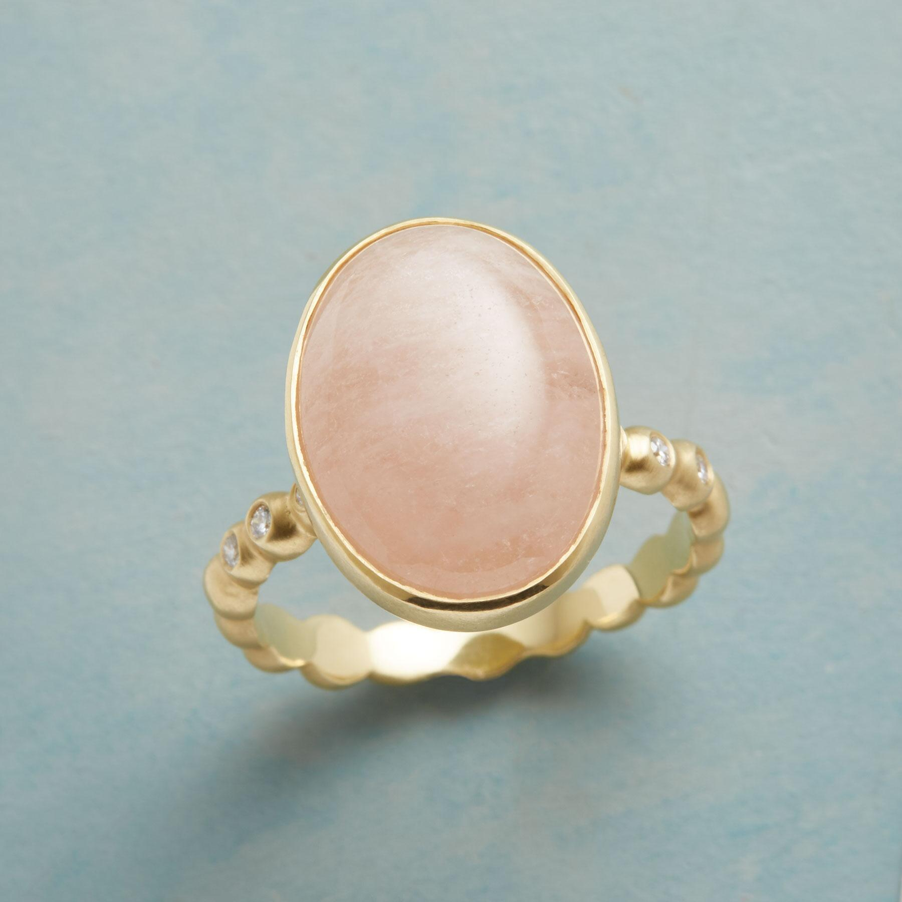 MORGANITE AND DIAMOND RING: View 1