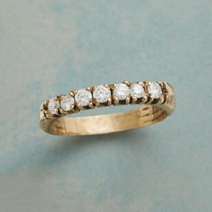 ABOUNDING LOVE RING