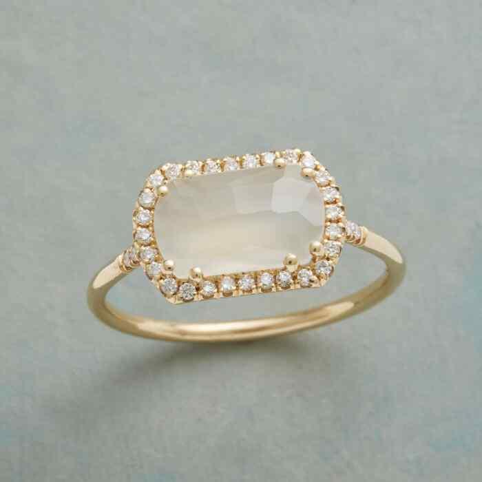 DIAMOND MOONBEAMS RING