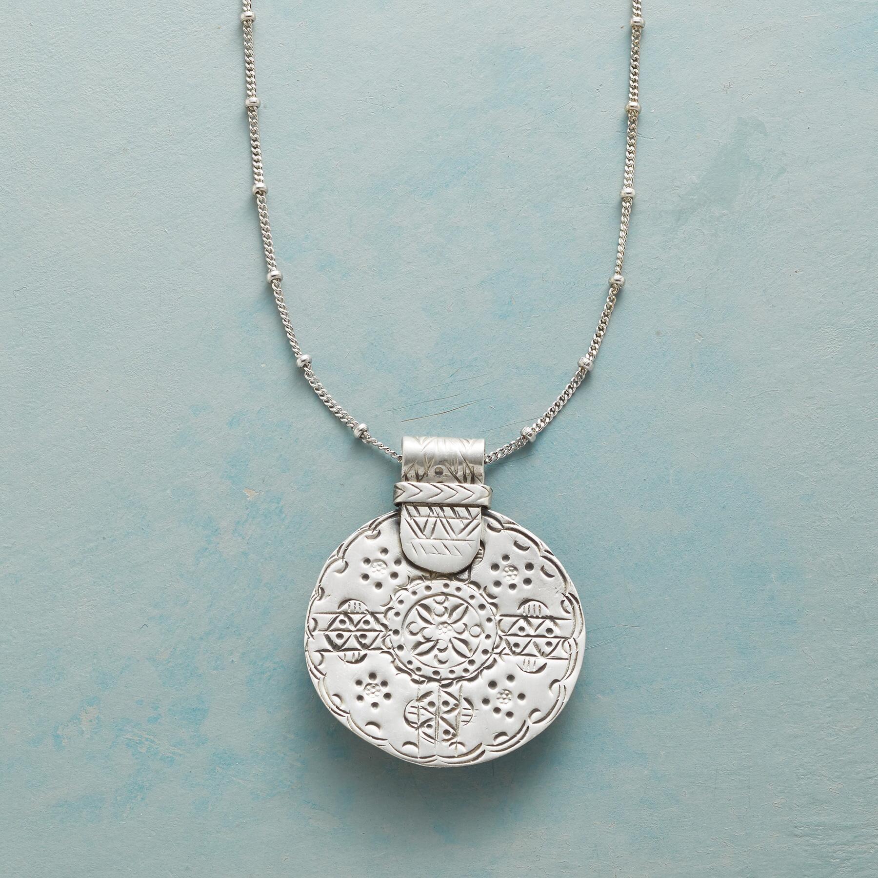 FLOWER MEDALLION NECKLACE: View 1