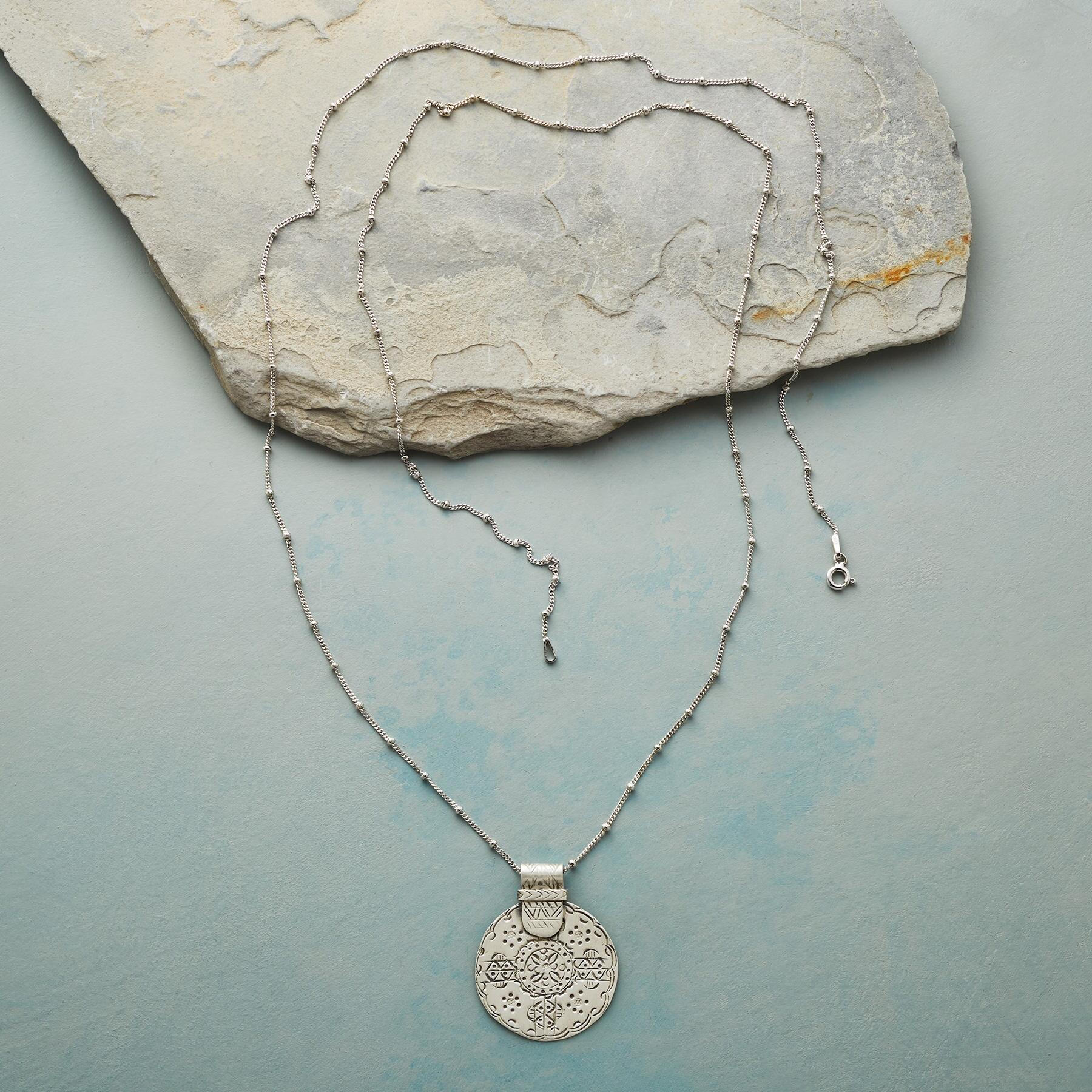 FLOWER MEDALLION NECKLACE: View 2