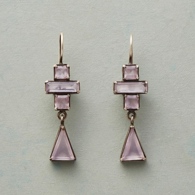 BLUSHED DECO EARRINGS