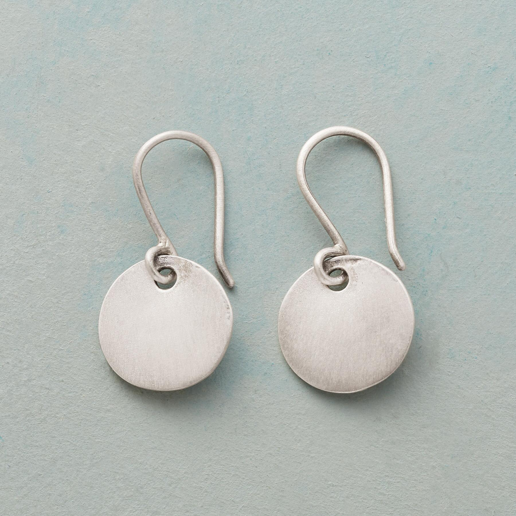 SILVER SOLEIL EARRINGS: View 1