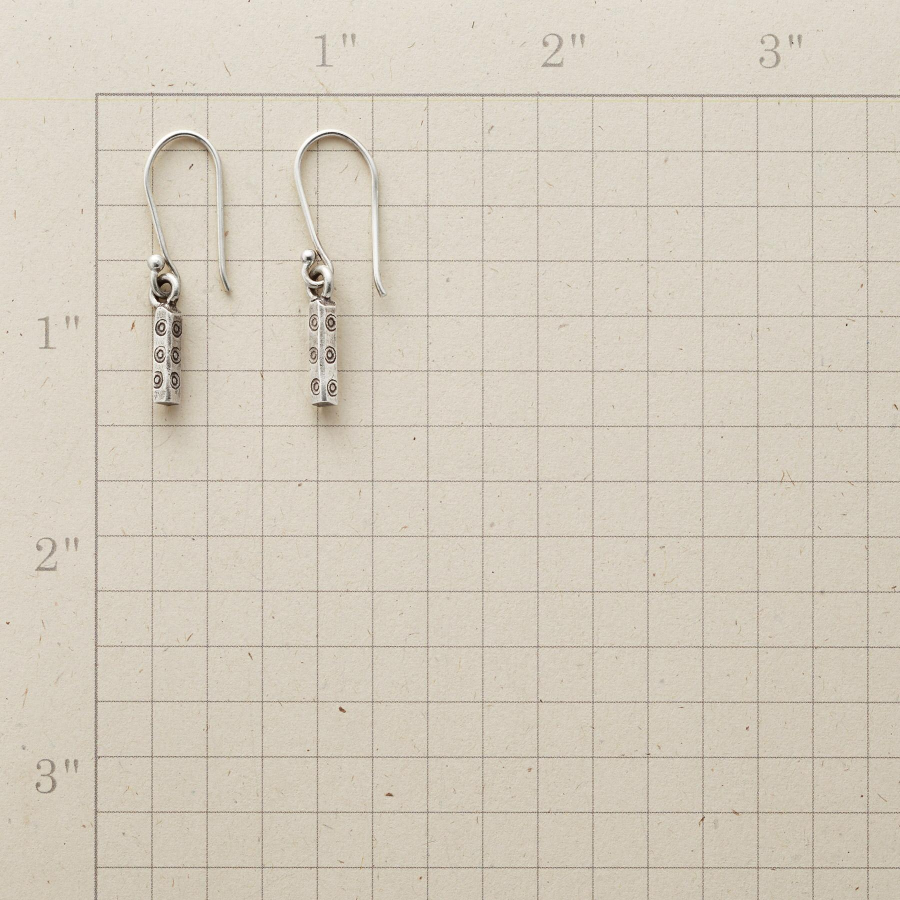 SWIRLED PILLAR EARRINGS: View 2