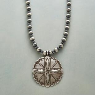 AMERICAN LEGEND NECKLACE