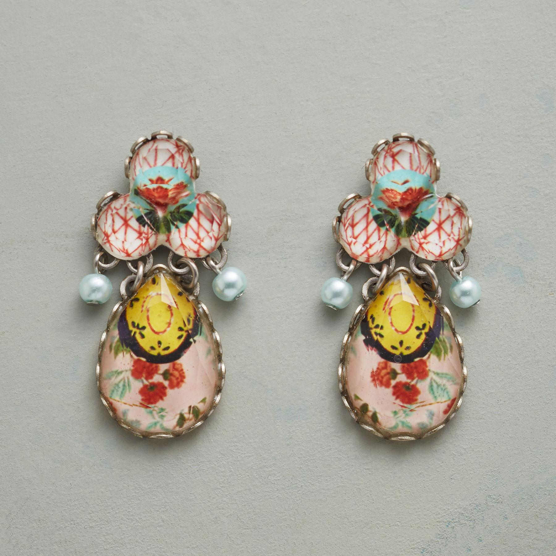 PETITE BOUQUET EARRINGS: View 1