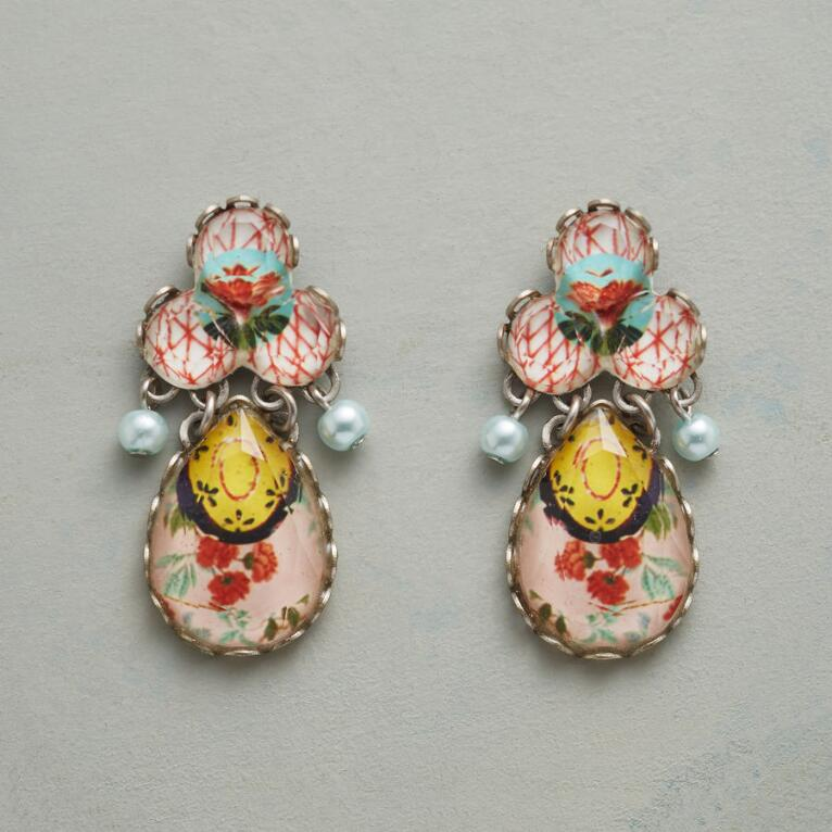 PETITE BOUQUET EARRINGS