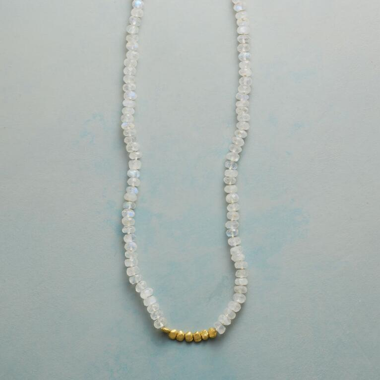 MOON GLEAM NECKLACE