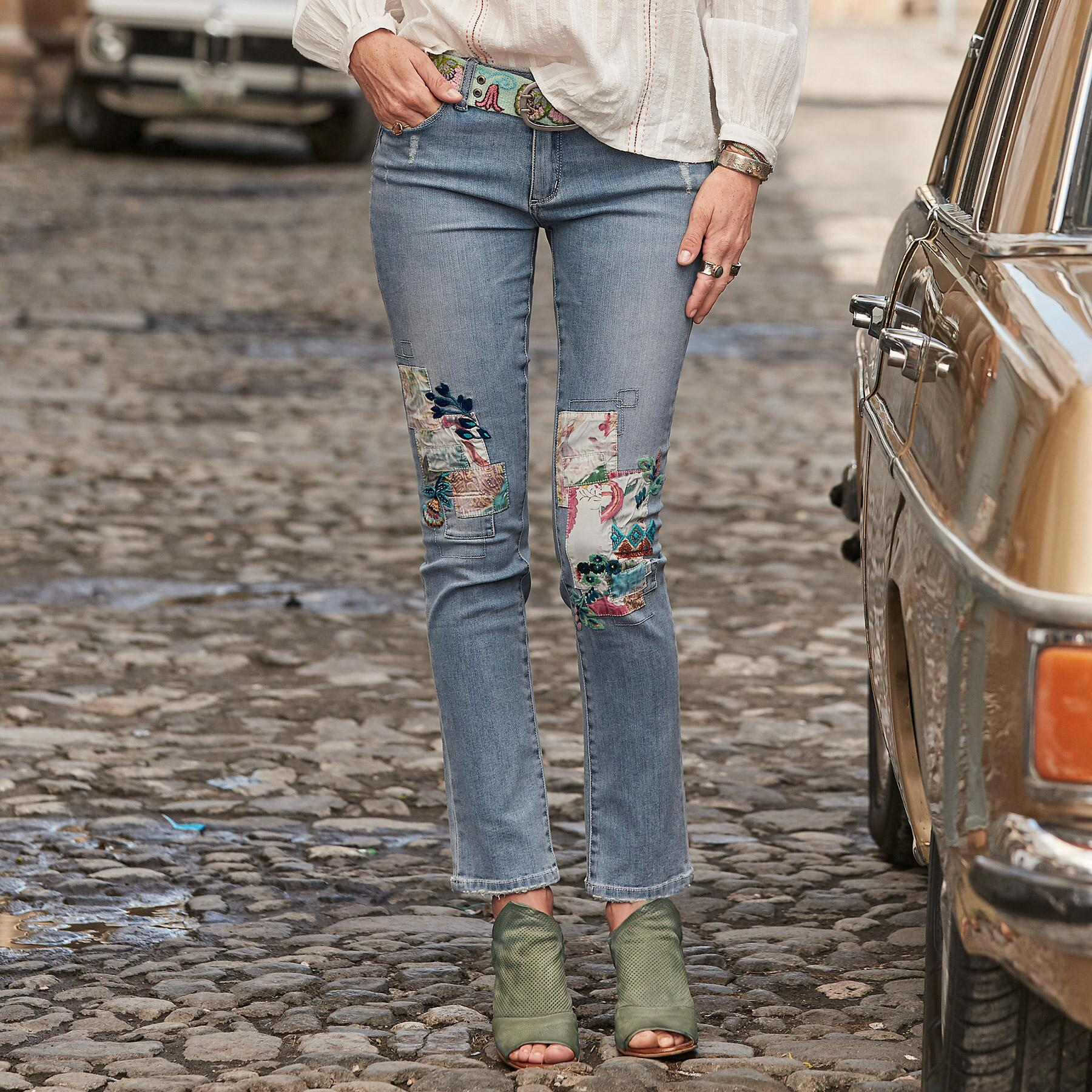 MAGNOLIA PATCH JEANS: View 1
