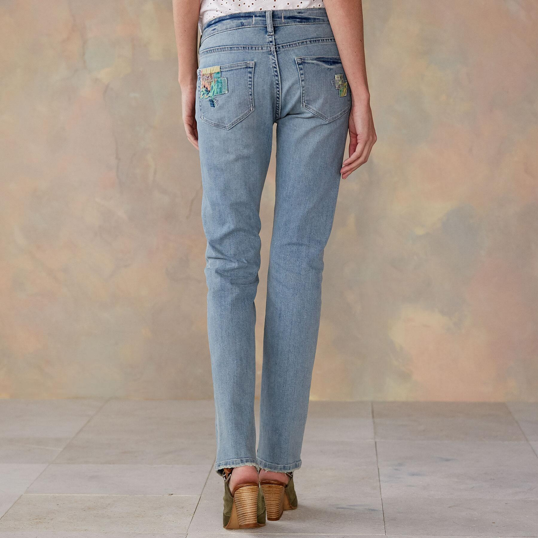 MAGNOLIA PATCH JEANS: View 2