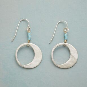 MELLOW MOON EARRINGS
