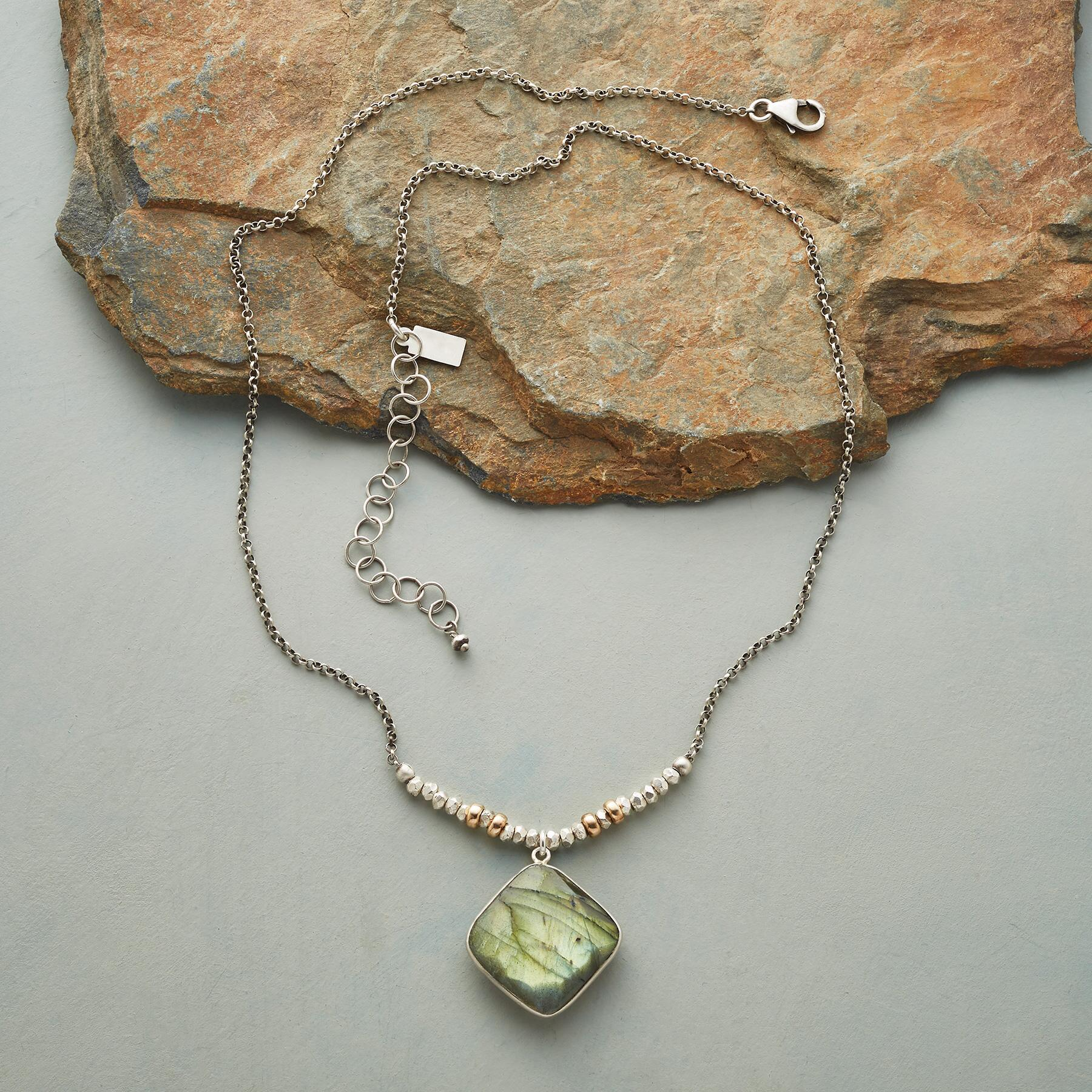 FOCUS POINT NECKLACE: View 2