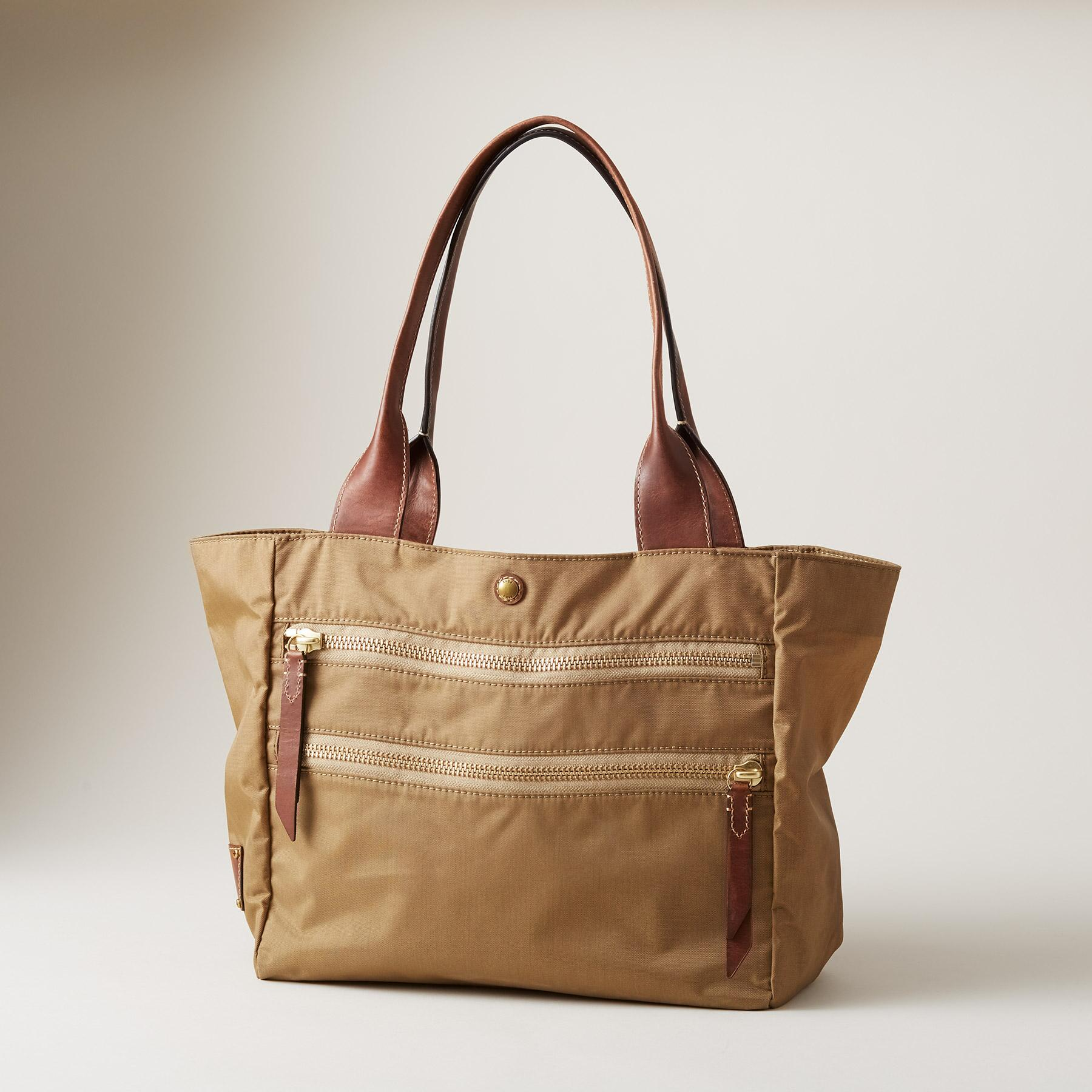 IVY TOTE: View 1