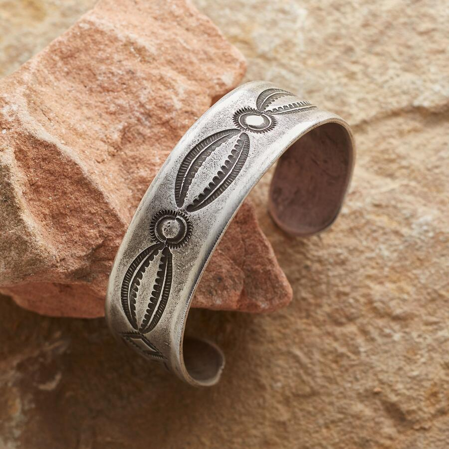 STERLING SONGLINES CUFF